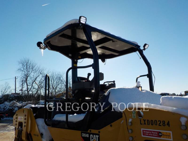 CATERPILLAR COMPACTEURS TANDEMS VIBRANTS CB-54 equipment  photo 5