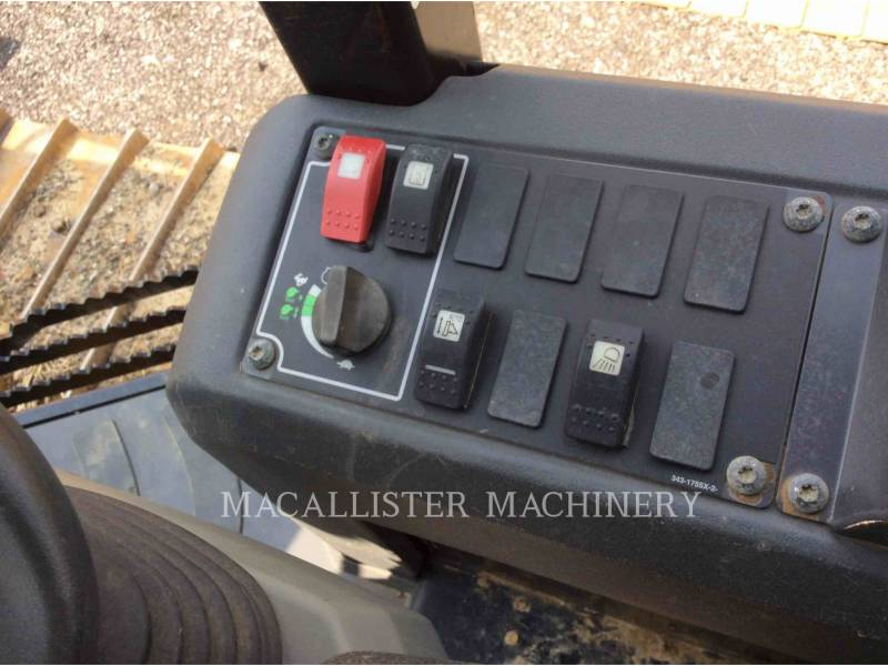 CATERPILLAR TRACTEURS SUR CHAINES D5K2 equipment  photo 16