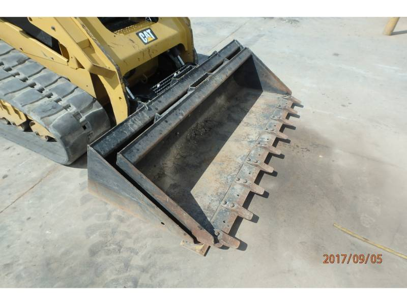 CATERPILLAR CHARGEURS TOUT TERRAIN 279D equipment  photo 5