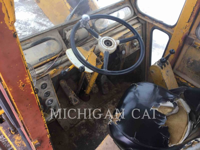 MICHIGAN CHARGEURS SUR PNEUS/CHARGEURS INDUSTRIELS 175B-GM equipment  photo 13