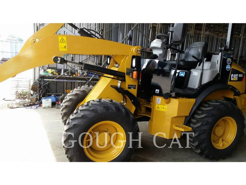 CATERPILLAR MINING WHEEL LOADER 902C2 equipment  photo 1