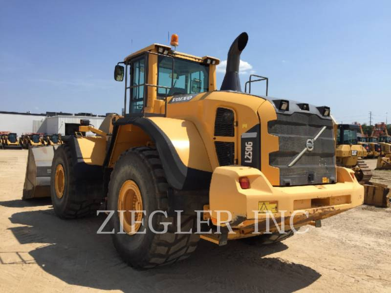 VOLVO CONSTRUCTION EQUIPMENT WHEEL LOADERS/INTEGRATED TOOLCARRIERS L250G equipment  photo 4