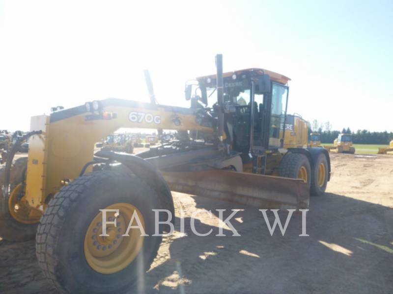 DEERE & CO. MOTOR GRADERS 670G equipment  photo 1