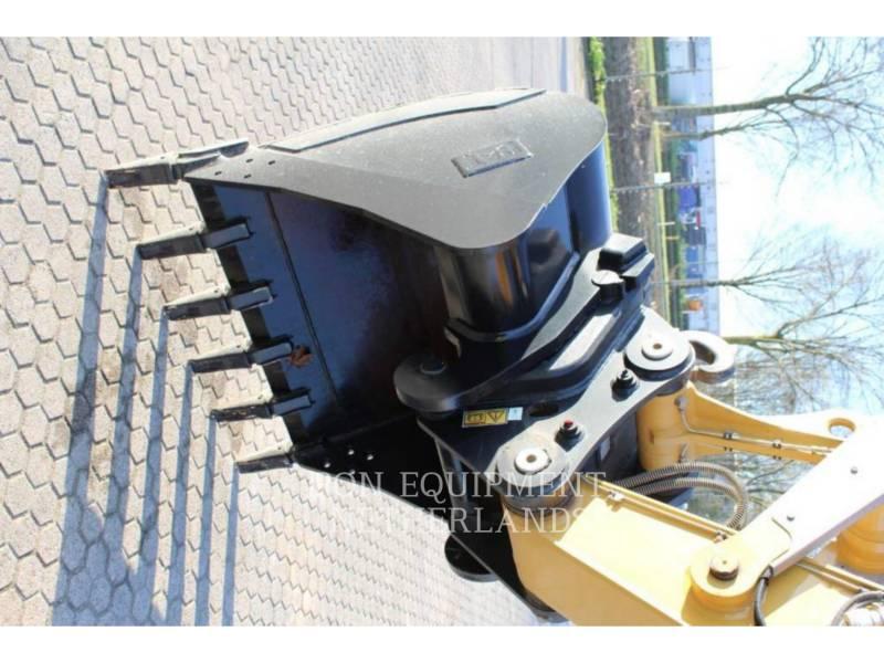 Caterpillar EXCAVATOARE PE ROŢI M313D equipment  photo 22