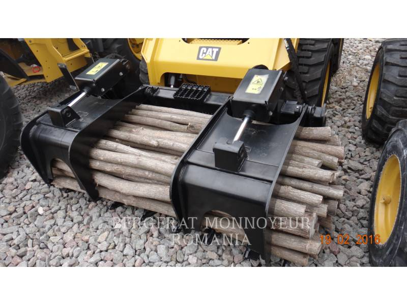 CATERPILLAR NARZ. ROB. - GRABIE RAKE equipment  photo 2
