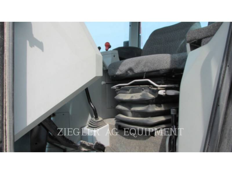 AGCO-WHITE/NEW IDEA TRACTORES AGRÍCOLAS 6124 equipment  photo 9
