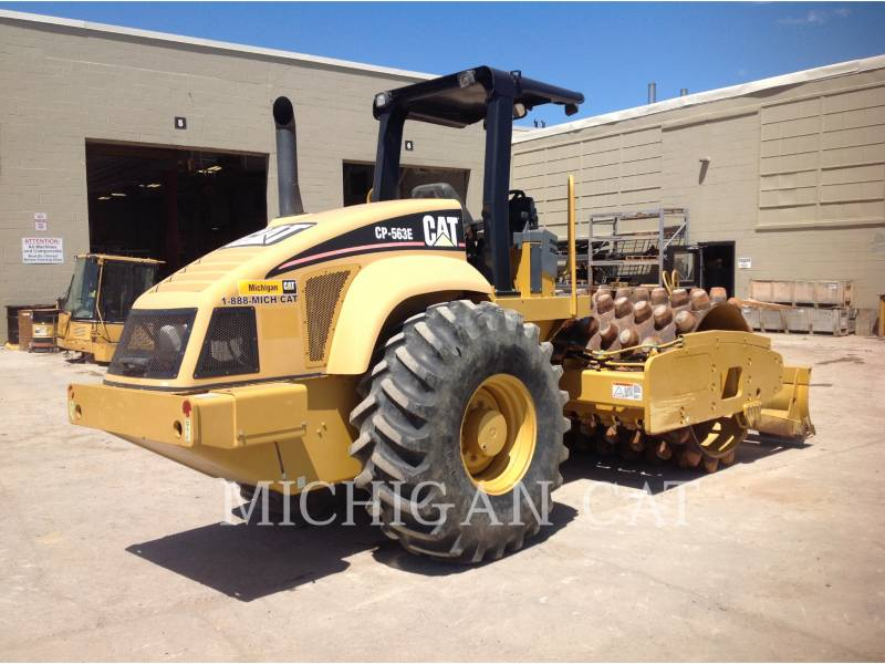 CATERPILLAR VIBRATORY SINGLE DRUM SMOOTH CP563E equipment  photo 3