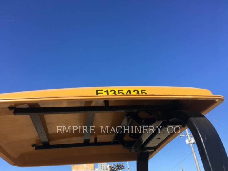 CATERPILLAR TANDEMVIBRATIONSWALZE, ASPHALT CB22B equipment  photo 14
