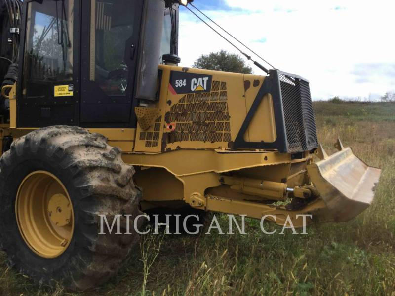 CATERPILLAR FORESTAL - TRANSPORTADOR DE TRONCOS 584 equipment  photo 20