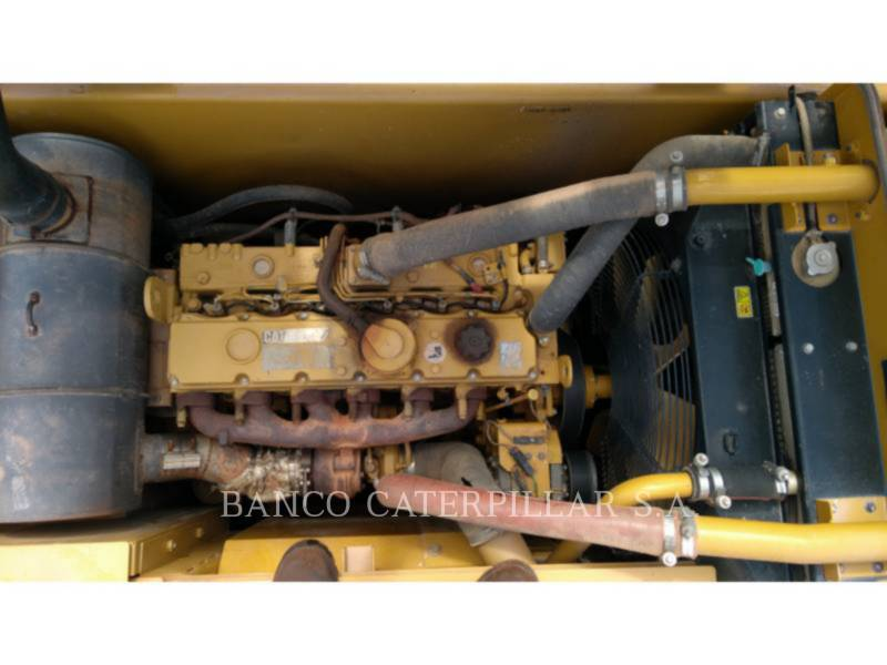 CATERPILLAR TRACK EXCAVATORS 320D2L equipment  photo 23
