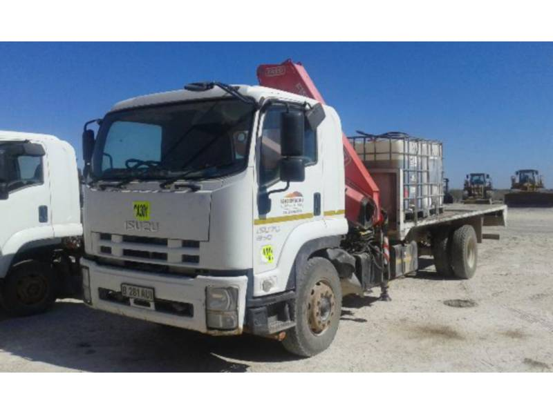ISUZU CAMIONS ROUTIERS 850 WITH FASSI CRANE F150 equipment  photo 11