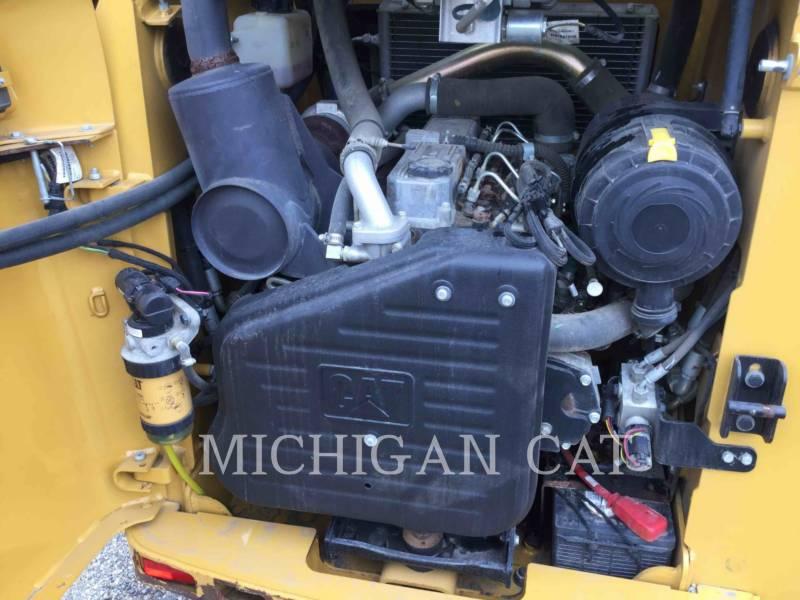 Caterpillar ÎNCĂRCĂTOARE PENTRU TEREN ACCIDENTAT 257B3 equipment  photo 6