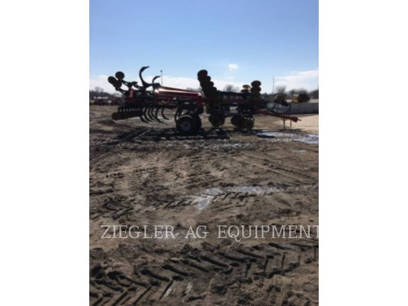 CASE/NEW HOLLAND AG TILLAGE EQUIPMENT 870 equipment  photo 1