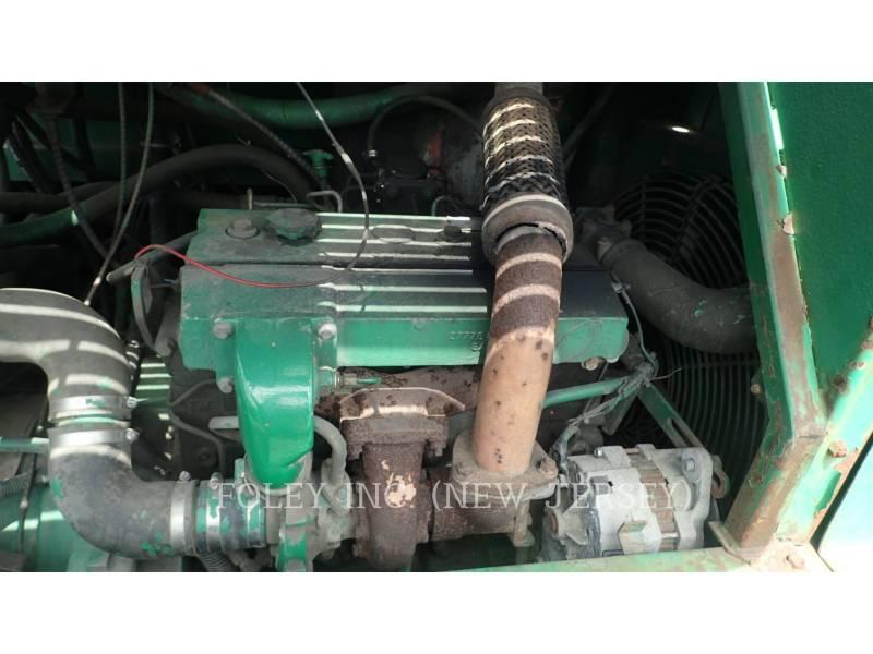 BARBER GREENE PAVIMENTADORES DE ASFALTO BG225B equipment  photo 19