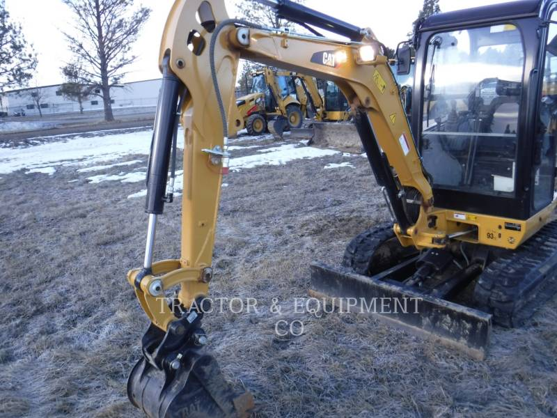 CATERPILLAR TRACK EXCAVATORS 302.7DCRCB equipment  photo 4