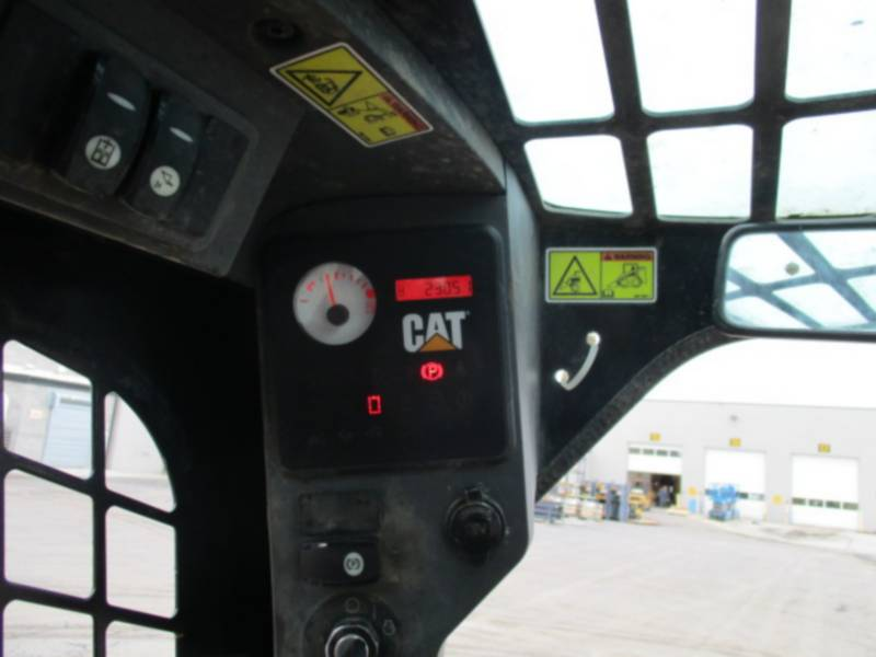 CATERPILLAR SKID STEER LOADERS 246C equipment  photo 23