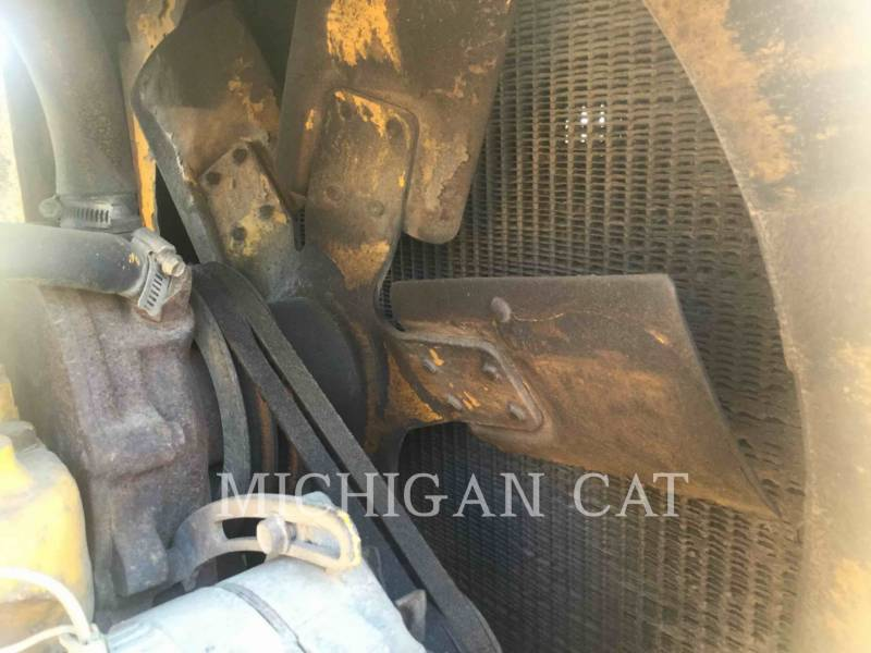JOHN DEERE WHEEL LOADERS/INTEGRATED TOOLCARRIERS 544B equipment  photo 12