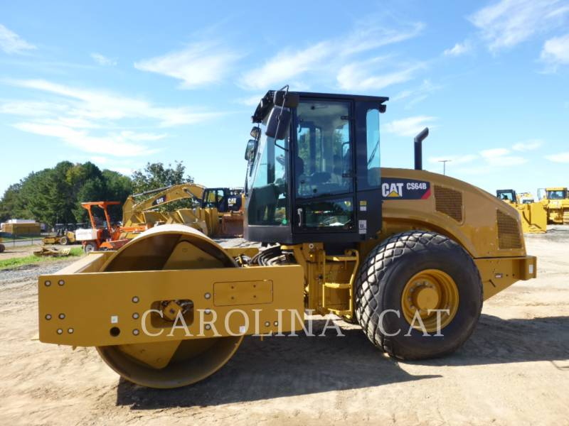 CATERPILLAR EINZELVIBRATIONSWALZE, GLATTBANDAGE CS64B equipment  photo 1