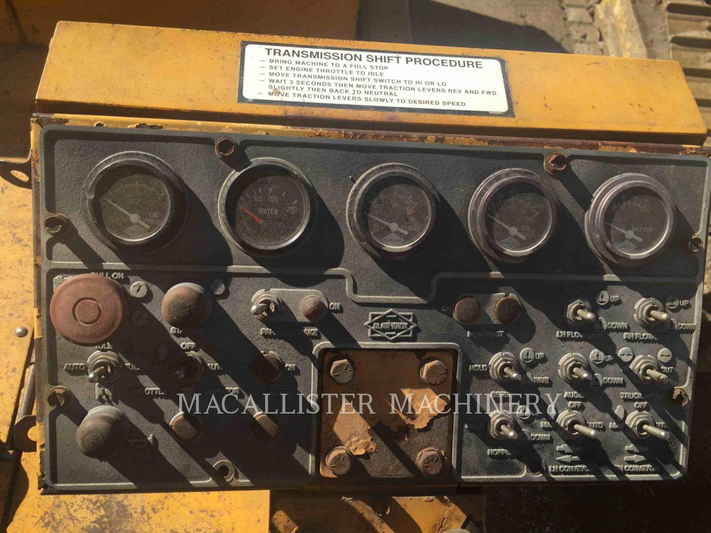Detail photo of 1998 Blaw Knox PF5510 from Construction Equipment Guide