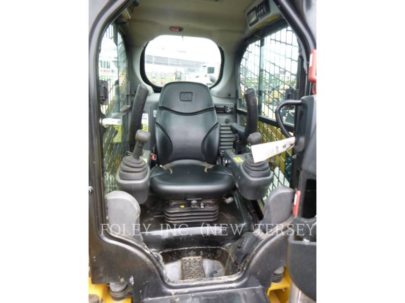 CATERPILLAR MINICARGADORAS 226D equipment  photo 18