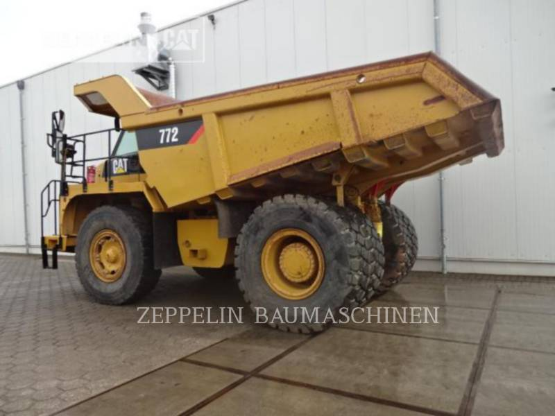 CATERPILLAR CAMIONES RÍGIDOS 772 equipment  photo 2