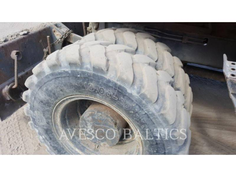 FIAT KOBELCO PELLES SUR PNEUS E175 WT equipment  photo 8