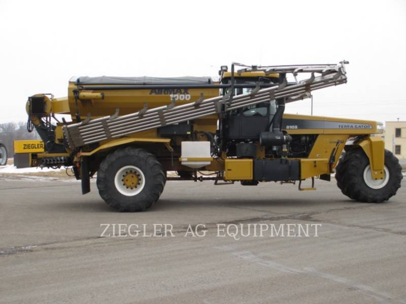 AG-CHEM Düngemaschinen 8103 equipment  photo 2