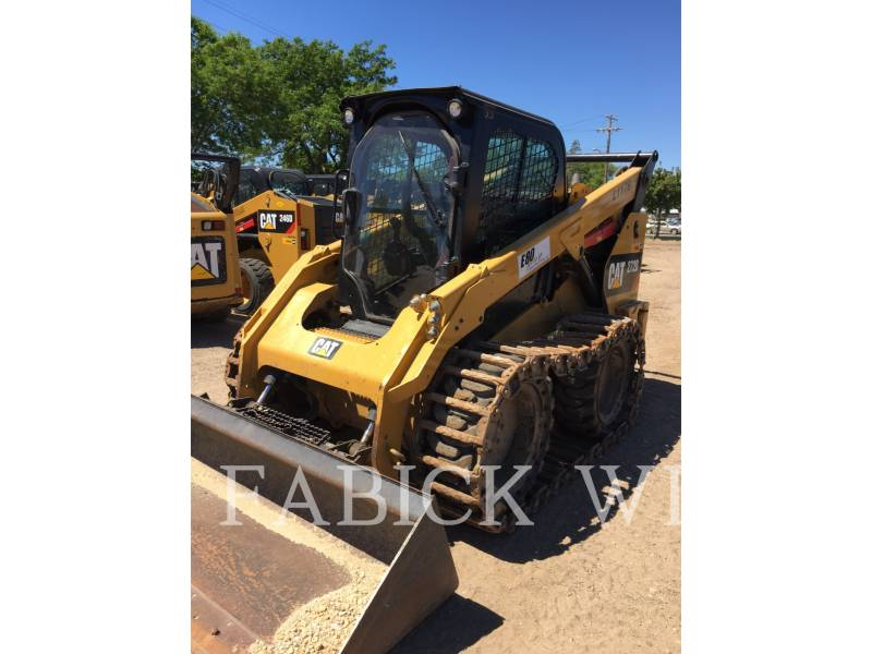 CATERPILLAR CHARGEURS COMPACTS RIGIDES 272D1 equipment  photo 1