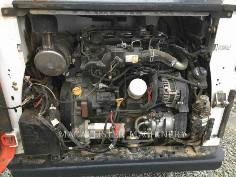 BOBCAT CARGADORES DE CADENAS T740 equipment  photo 9