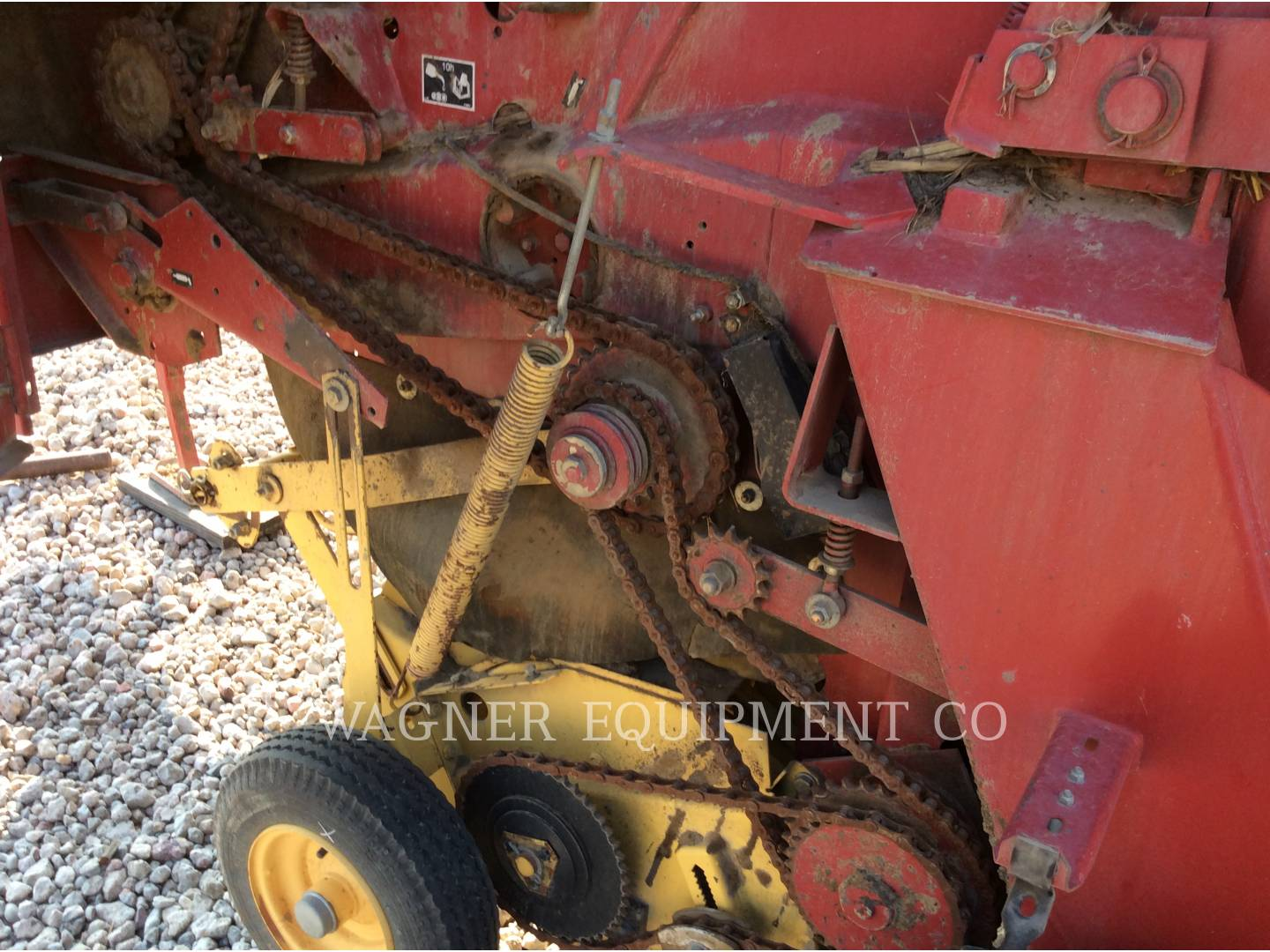 Detail photo of 1998 New Holland 664 from Construction Equipment Guide