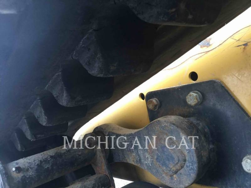 CATERPILLAR CARGADORES MULTITERRENO 257D equipment  photo 18