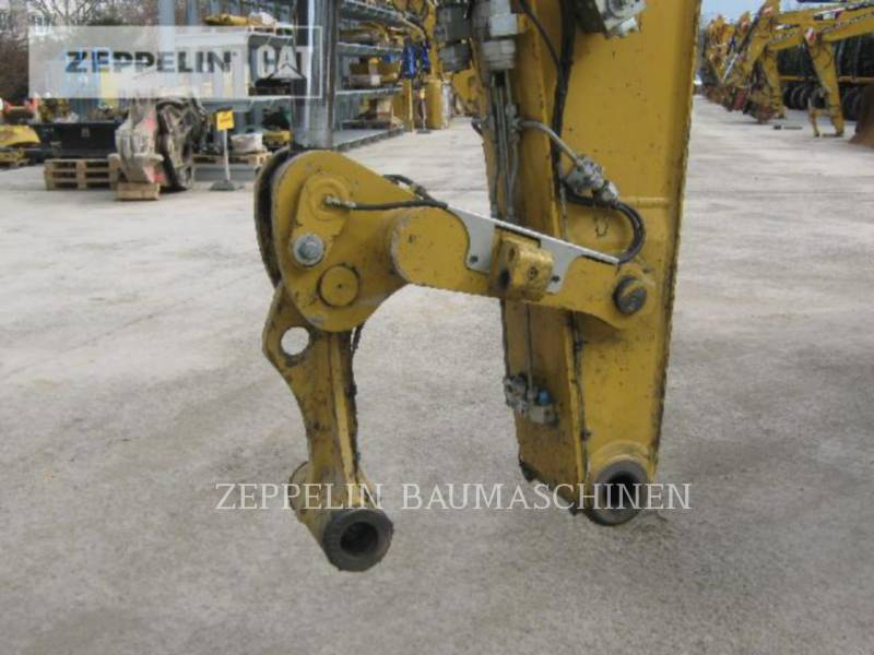CATERPILLAR PELLES SUR PNEUS M322D equipment  photo 18