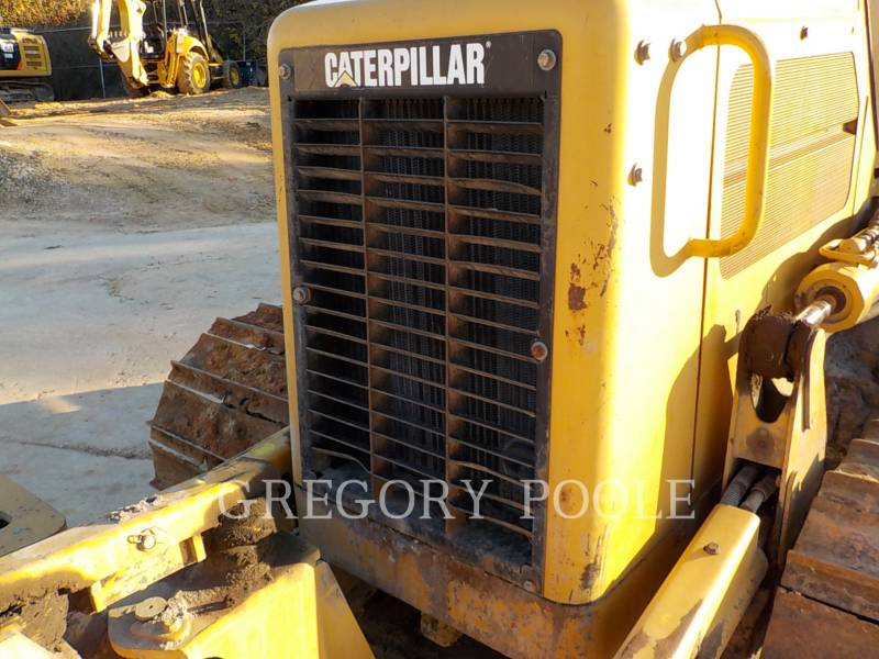 CATERPILLAR KETTENDOZER D3G equipment  photo 3