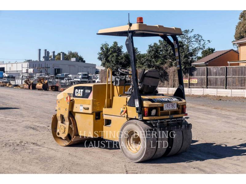 CATERPILLAR VIBRATORY DOUBLE DRUM ASPHALT CC34 equipment  photo 6