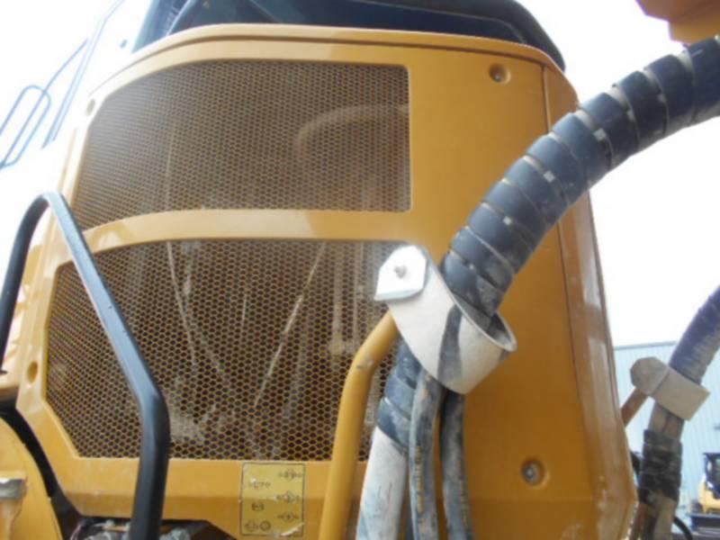 CATERPILLAR CAMIONES ARTICULADOS 740B equipment  photo 18