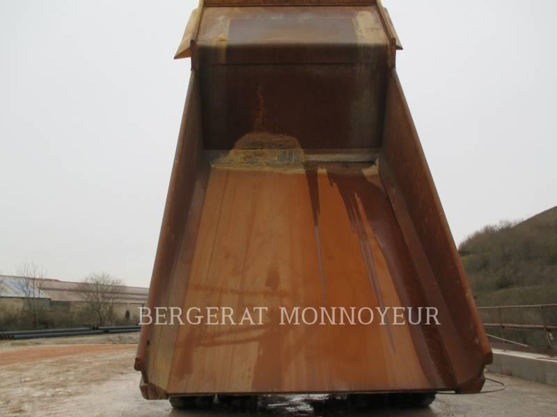 CATERPILLAR ダンプ・トラック 775D equipment  photo 8