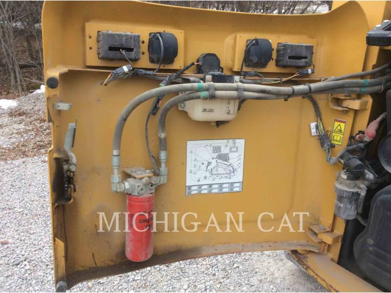 CATERPILLAR MULTI TERRAIN LOADERS 279C A2Q equipment  photo 11