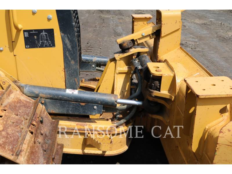 CATERPILLAR TRACTORES DE CADENAS D4K2LGP equipment  photo 8
