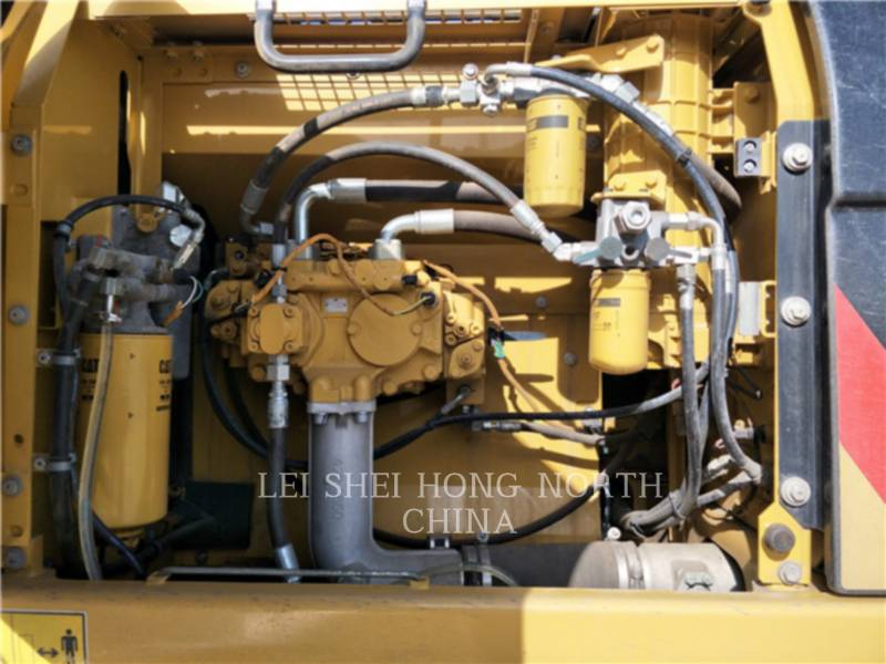CATERPILLAR KETTEN-HYDRAULIKBAGGER 326D2L equipment  photo 15