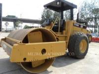 Equipment photo CATERPILLAR CS-563CAW COMPATTATORE A SINGOLO TAMBURO VIBRANTE LISCIO 1
