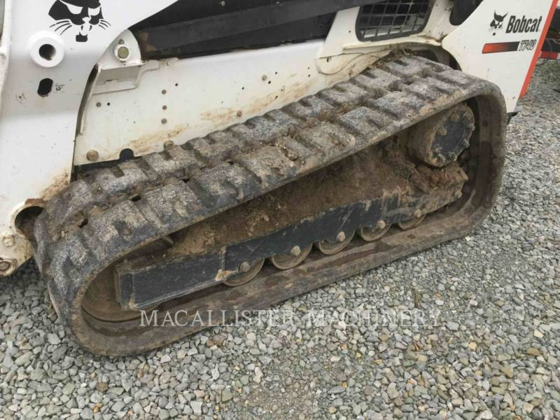 BOBCAT CHARGEURS SUR CHAINES T740 equipment  photo 8