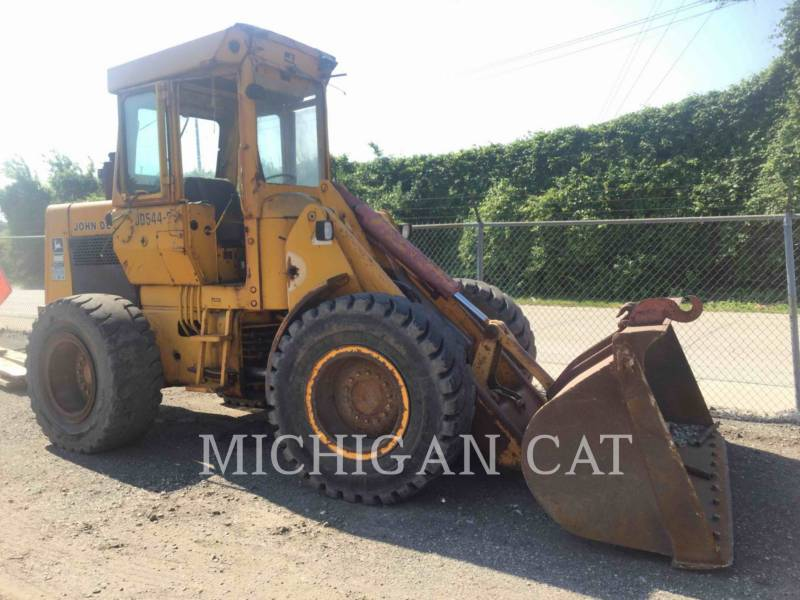 JOHN DEERE WHEEL LOADERS/INTEGRATED TOOLCARRIERS 544B equipment  photo 1