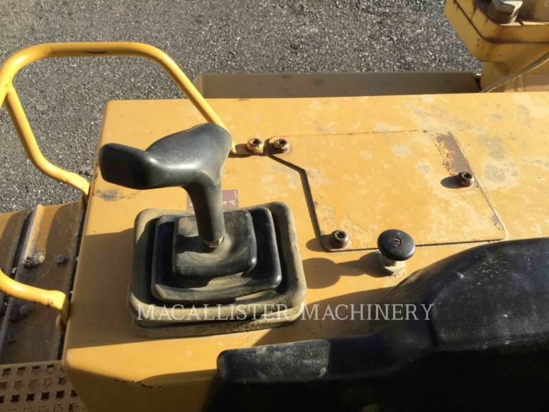 CATERPILLAR TRACK TYPE TRACTORS D6MXL equipment  photo 19