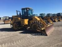 CATERPILLAR コンパクタ 815F2 equipment  photo 2