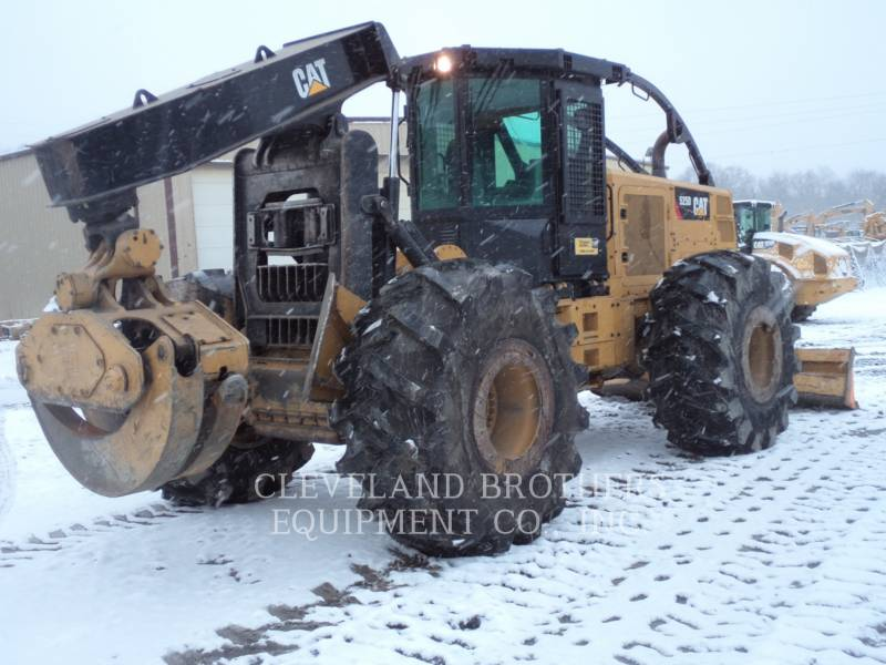 CATERPILLAR FOREST PRODUCTS 525D equipment  photo 3