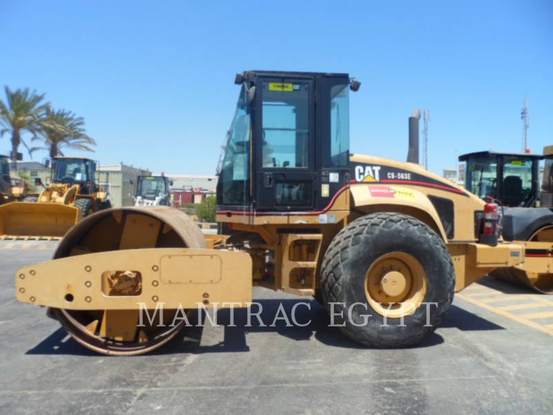 Caterpillar TAMBUR SIMPLU VIBRATOR NETED CS-563E equipment  photo 3
