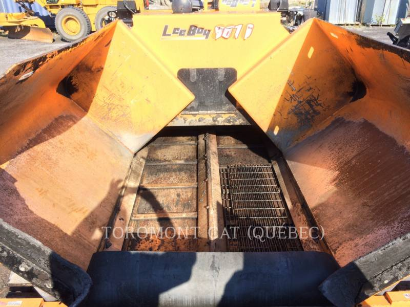 LEE-BOY ASPHALT PAVERS 8616 equipment  photo 7