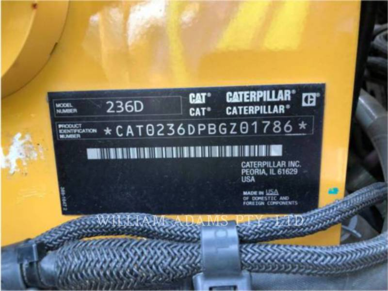 CATERPILLAR KOMPAKTLADER 236D equipment  photo 11