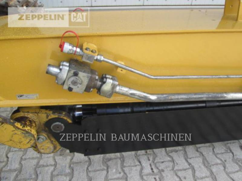 CATERPILLAR TRACK EXCAVATORS DEM70 equipment  photo 14