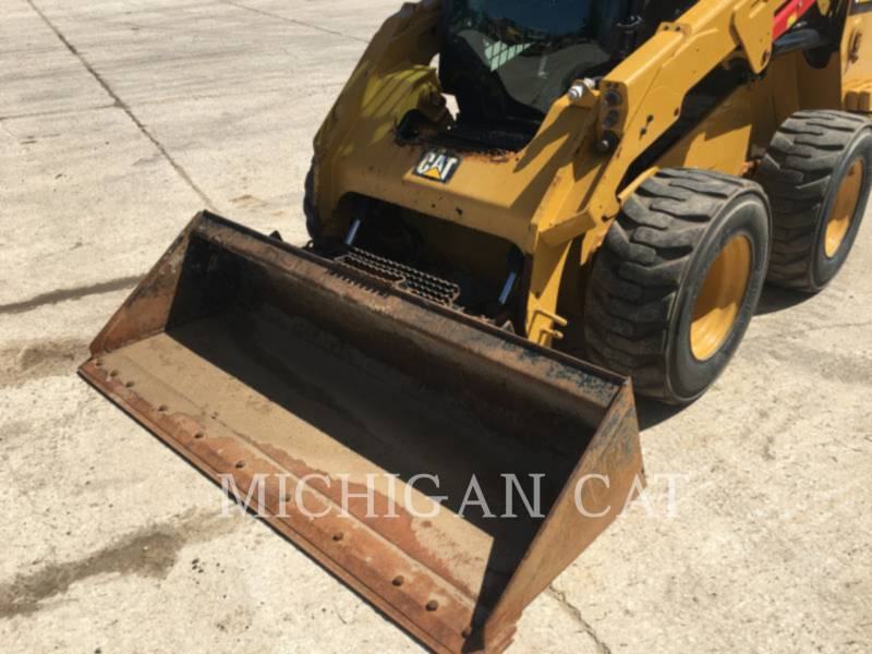 CATERPILLAR SKID STEER LOADERS 246D A2Q equipment  photo 6